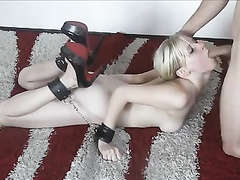 Amateur couple tries out the bondage play for the first time