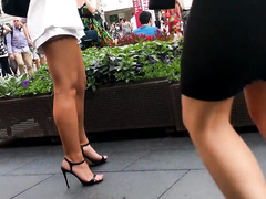 Summer brings the hottest female legs