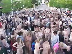 Hundreds of naked girls getting ready for the photo